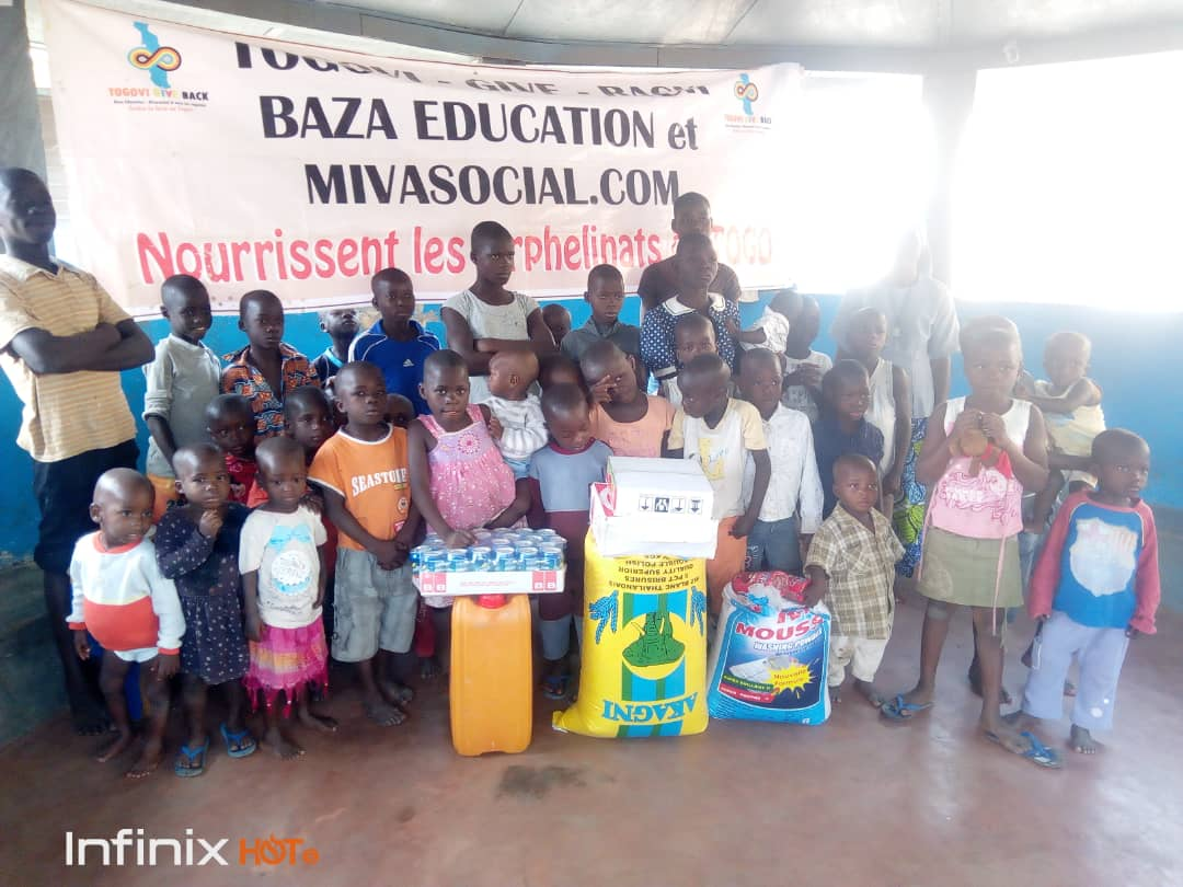 La Quatrième Campagne 'Togovi Give Back' a touché 30  Orphelinats